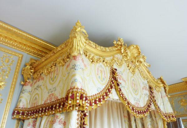 Louis XVI bed